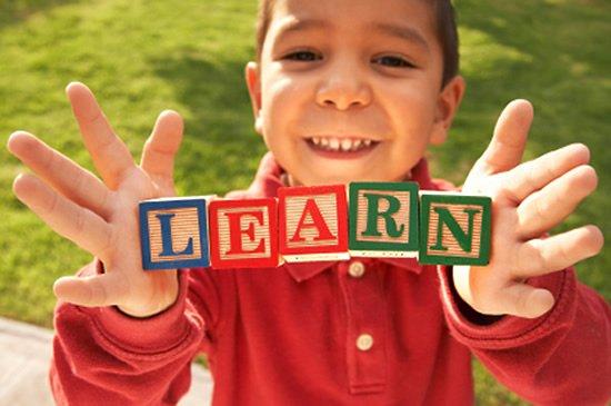 Învățarea online și învățarea clasică