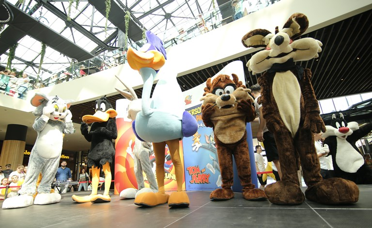 Copiii s-au întâlnit cu personajele Disney