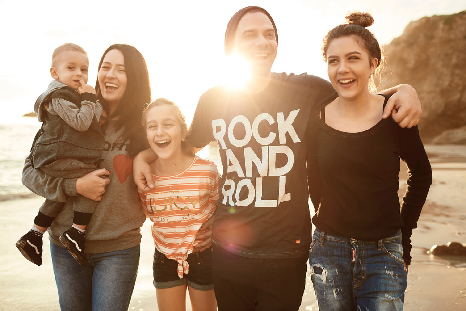 Amalia Năstase alături de familia ei - Credit foto EDWARD ANINARU