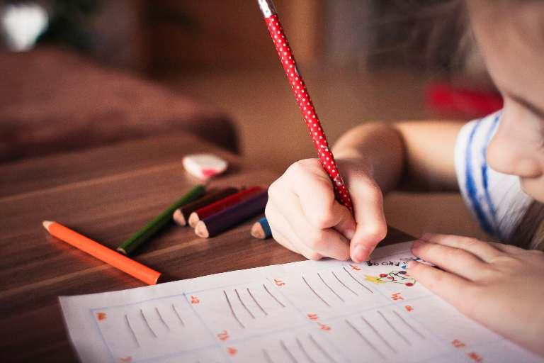 LECȚIE ONLINE: Despărțirea în silabe